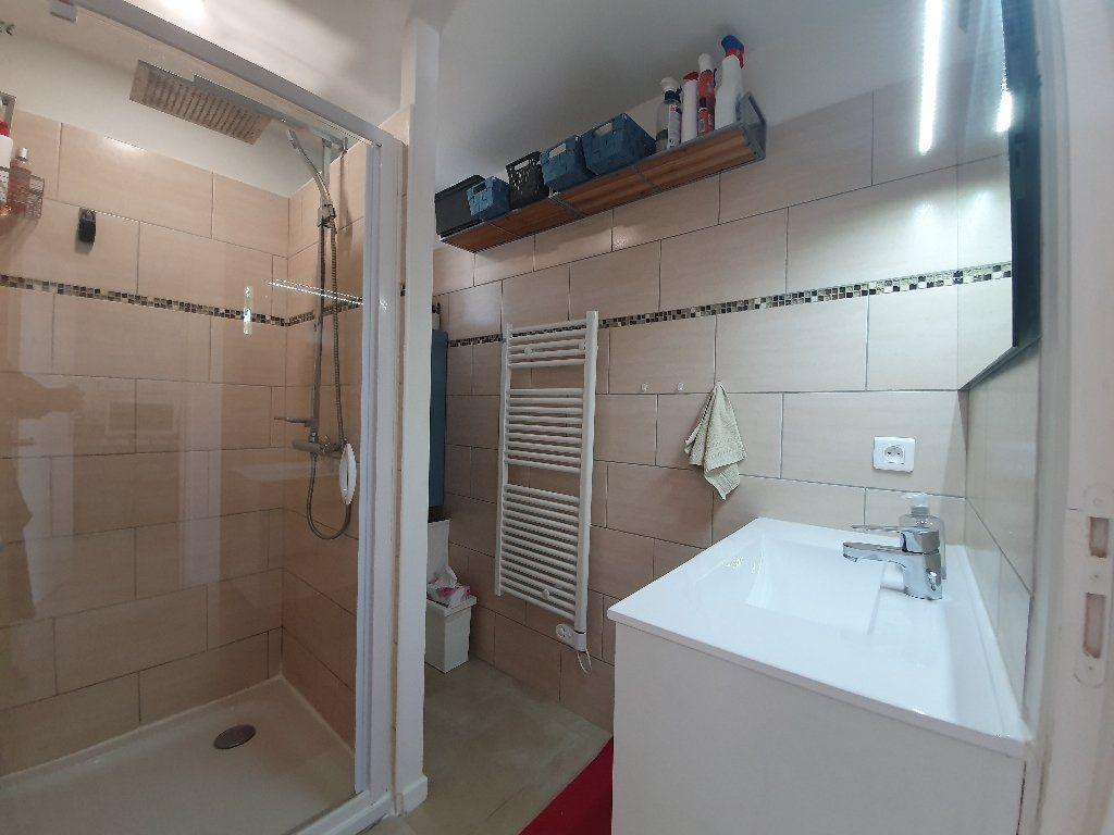 Maison à vendre 4 89m2 à Saint-Paulet-de-Caisson vignette-8