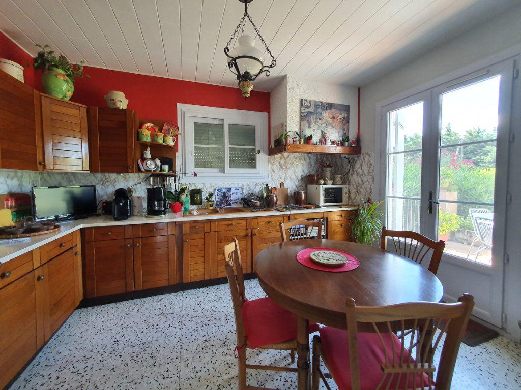 Maison à vendre 5 135.56m2 à Saint-Paulet-de-Caisson vignette-3