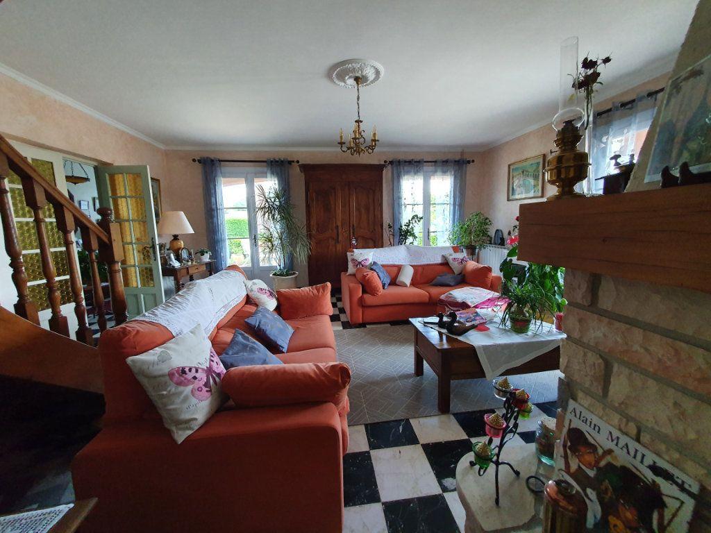 Maison à vendre 5 135.56m2 à Saint-Paulet-de-Caisson vignette-4