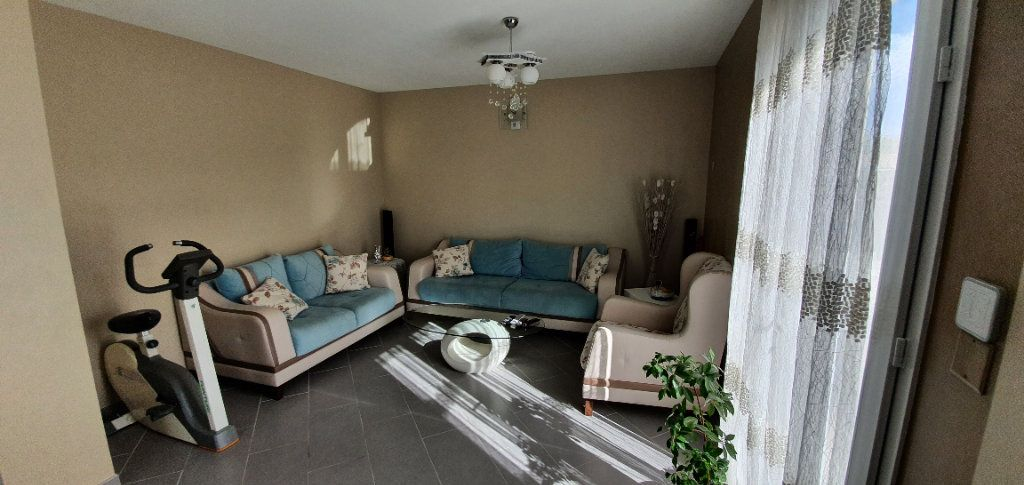 Maison à vendre 5 113m2 à Pont-Saint-Esprit vignette-5