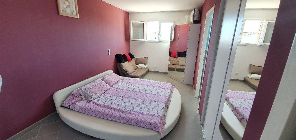 Maison à vendre 5 113m2 à Pont-Saint-Esprit vignette-6