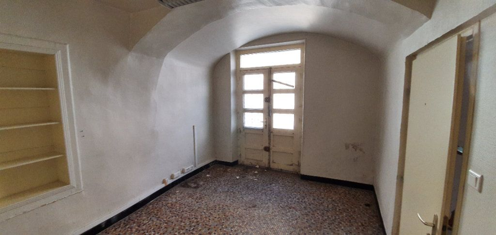 Maison à vendre 3 181m2 à Saint-Just-d'Ardèche vignette-2
