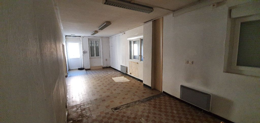 Maison à vendre 3 181m2 à Saint-Just-d'Ardèche vignette-6