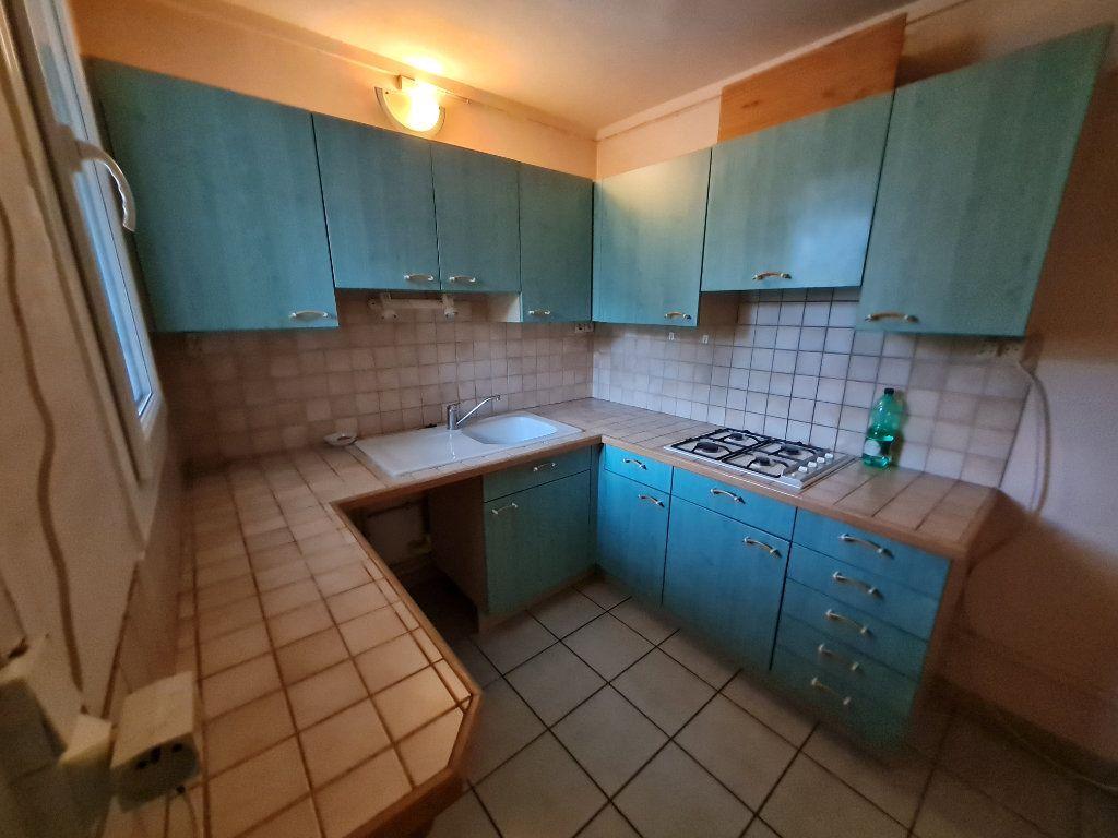 Appartement à vendre 5 78m2 à Bagnols-sur-Cèze vignette-3