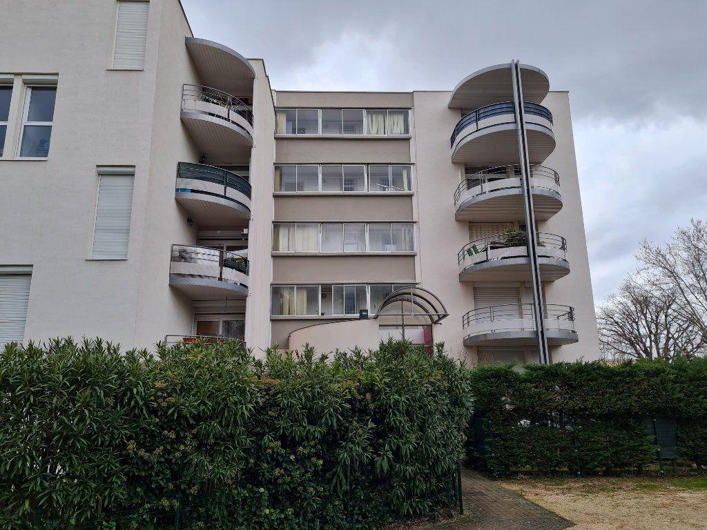Appartement à vendre 5 78m2 à Bagnols-sur-Cèze vignette-8