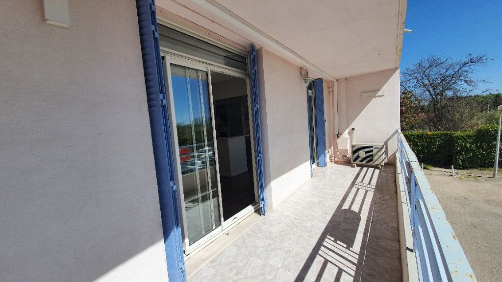 Appartement à vendre 4 74m2 à Pont-Saint-Esprit vignette-8