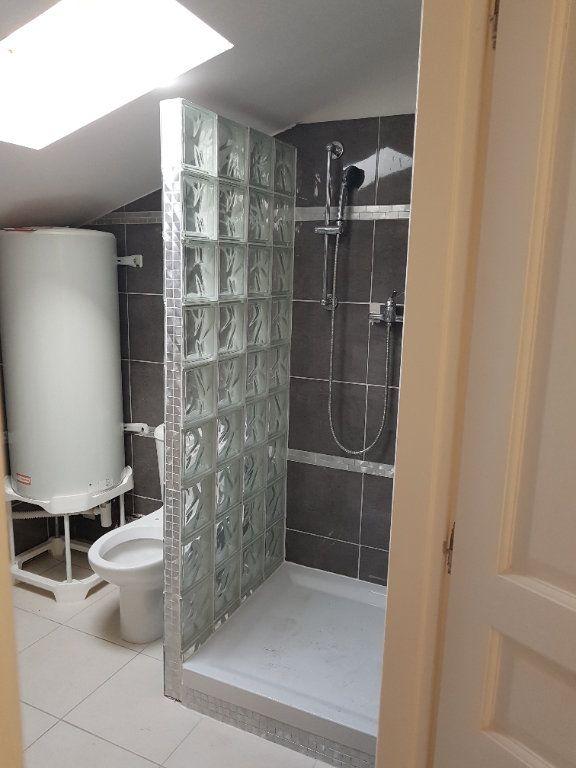 Appartement à louer 3 67m2 à Pont-Saint-Esprit vignette-7