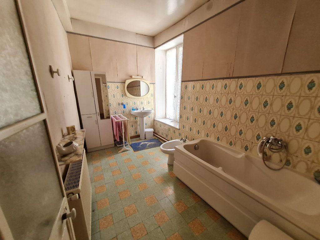Maison à vendre 4 110m2 à Bagnols-sur-Cèze vignette-7