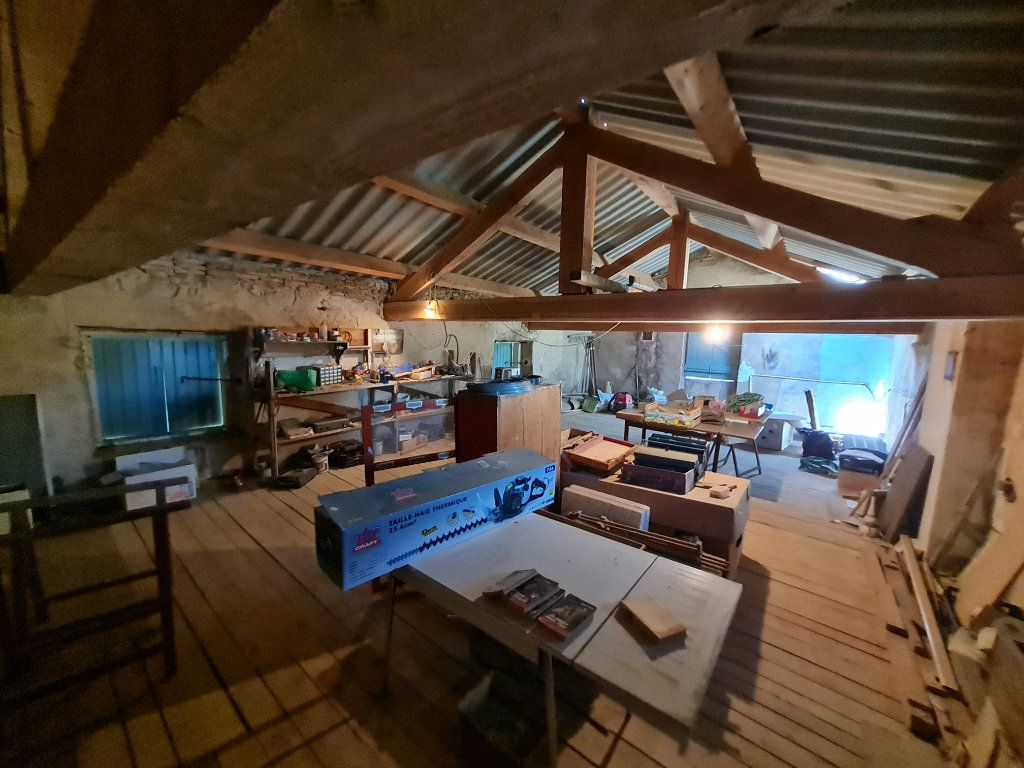 Maison à vendre 4 110m2 à Bagnols-sur-Cèze vignette-8