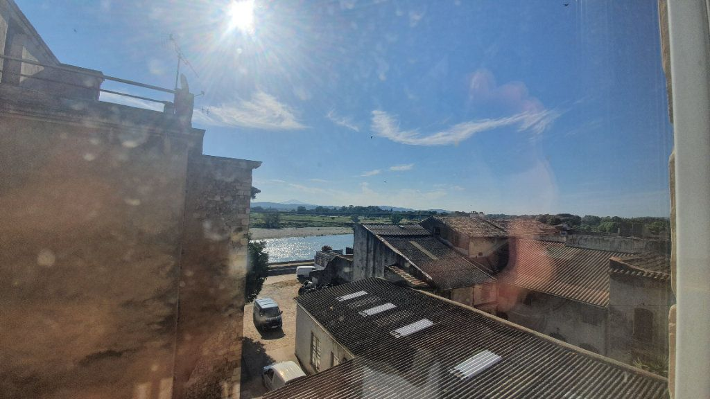 Appartement à louer 2 64.38m2 à Pont-Saint-Esprit vignette-1