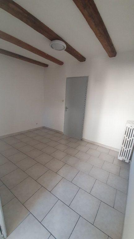 Appartement à louer 2 64.38m2 à Pont-Saint-Esprit vignette-9