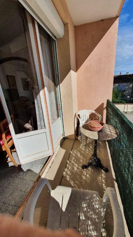 Appartement à vendre 4 0m2 à Pont-Saint-Esprit vignette-9