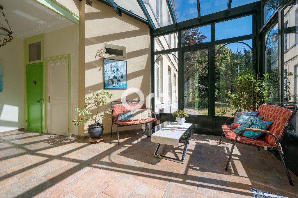 Maison à vendre 15 567m2 à Douai vignette-4