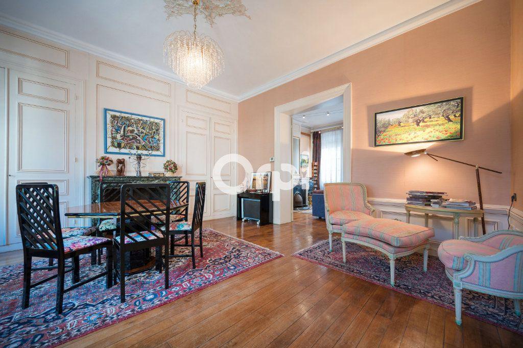 Maison à vendre 15 567m2 à Douai vignette-6