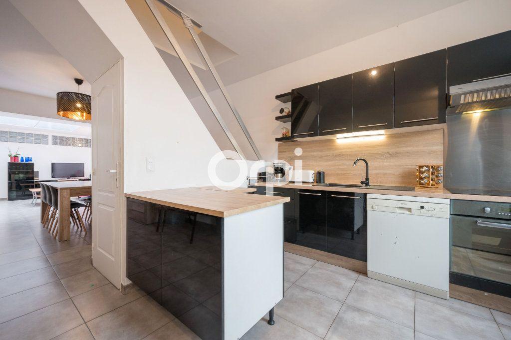 Maison à vendre 6 90.59m2 à Hénin-Beaumont vignette-1