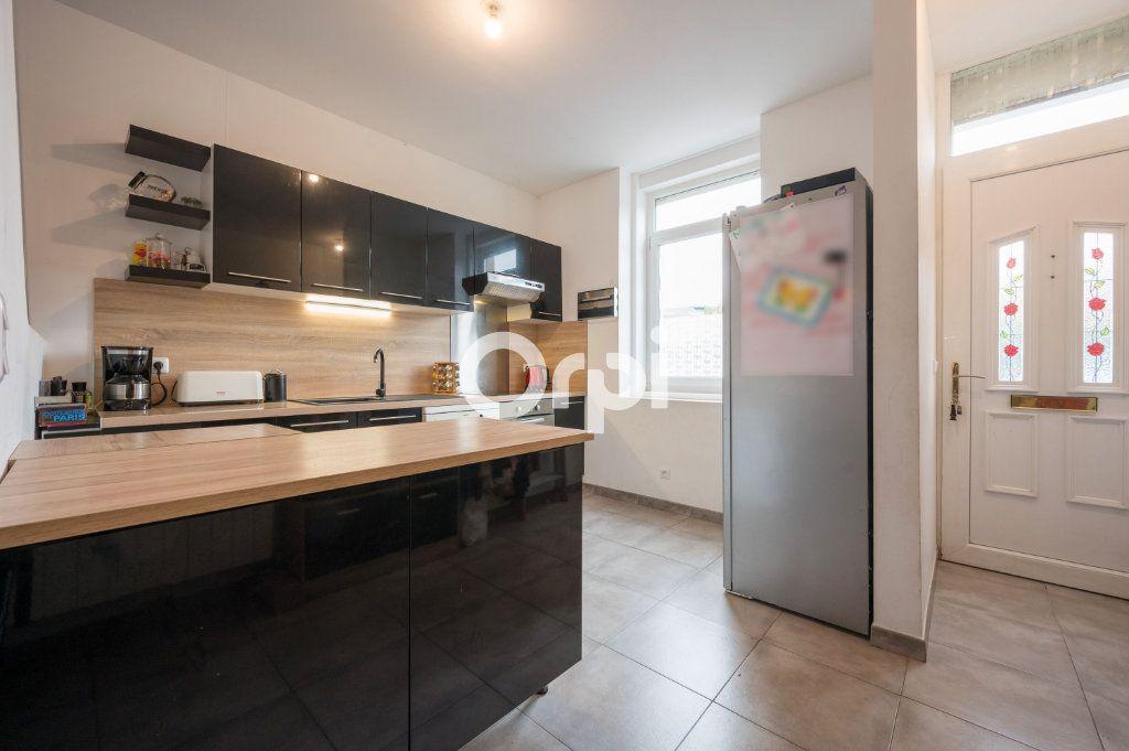 Maison à vendre 6 90.59m2 à Hénin-Beaumont vignette-3