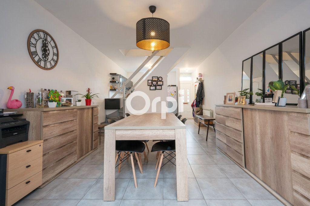Maison à vendre 6 90.59m2 à Hénin-Beaumont vignette-4