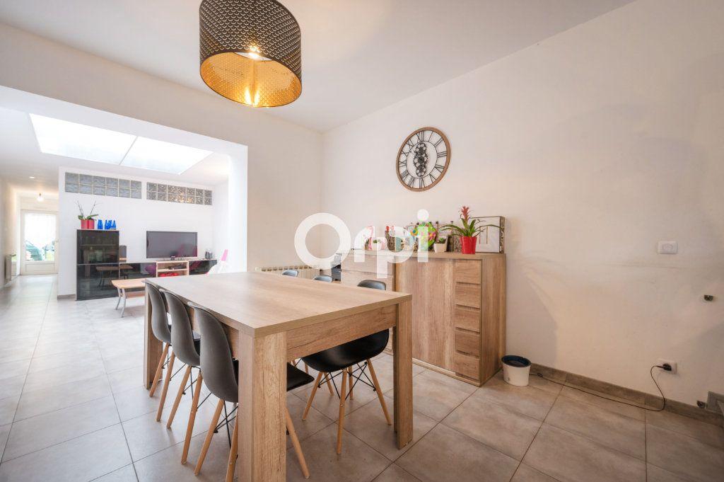 Maison à vendre 6 90.59m2 à Hénin-Beaumont vignette-5