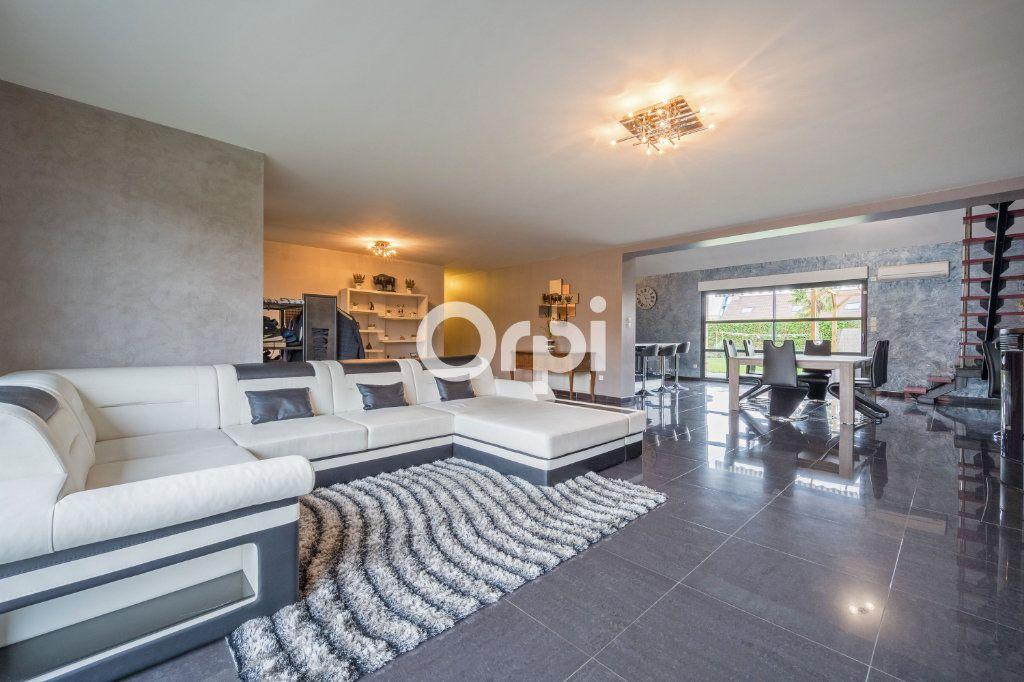 Maison à vendre 9 205m2 à Roost-Warendin vignette-3