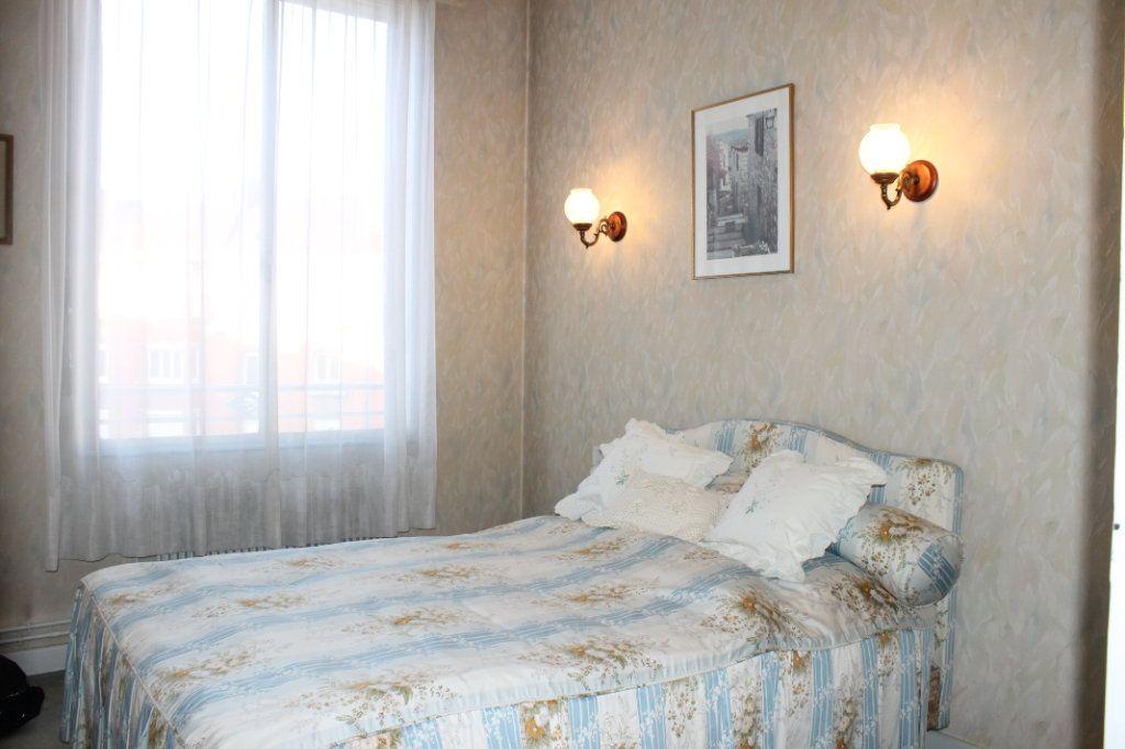 Appartement à vendre 3 62m2 à Douai vignette-3