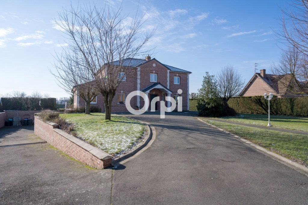 Maison à vendre 8 220m2 à Roost-Warendin vignette-1