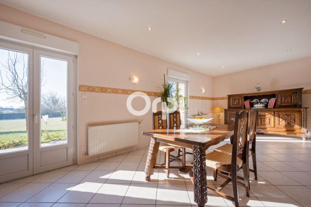 Maison à vendre 8 220m2 à Roost-Warendin vignette-4