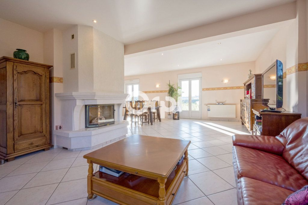 Maison à vendre 8 220m2 à Roost-Warendin vignette-8