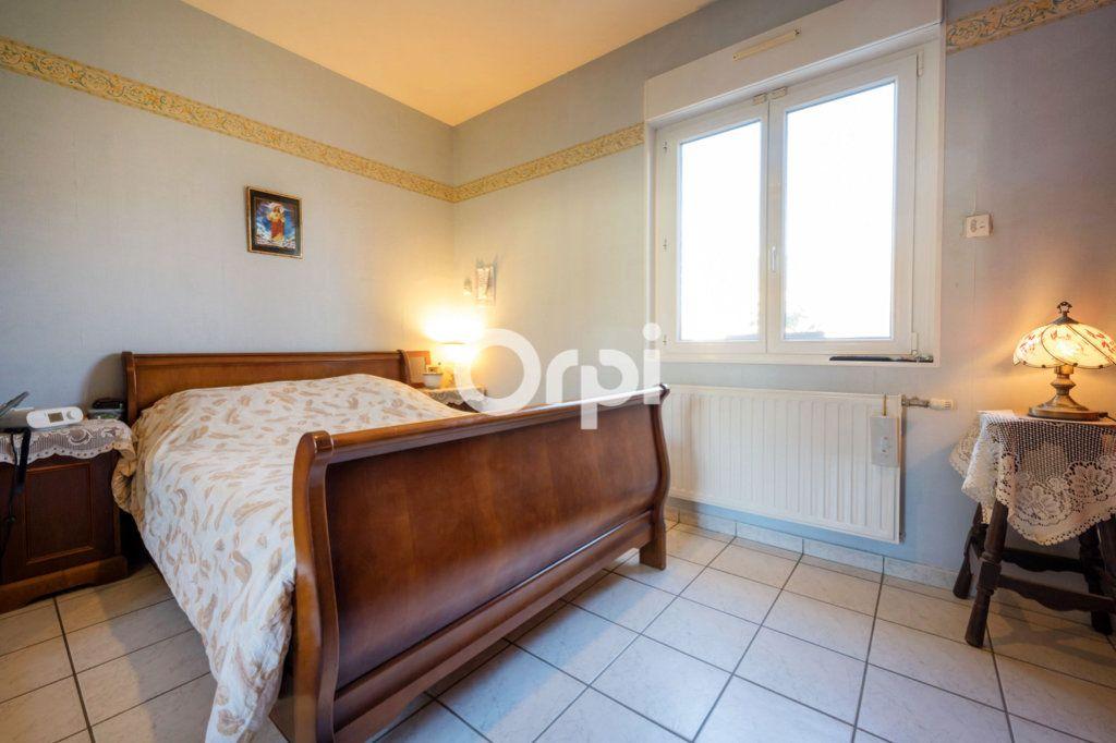 Maison à vendre 8 220m2 à Roost-Warendin vignette-14
