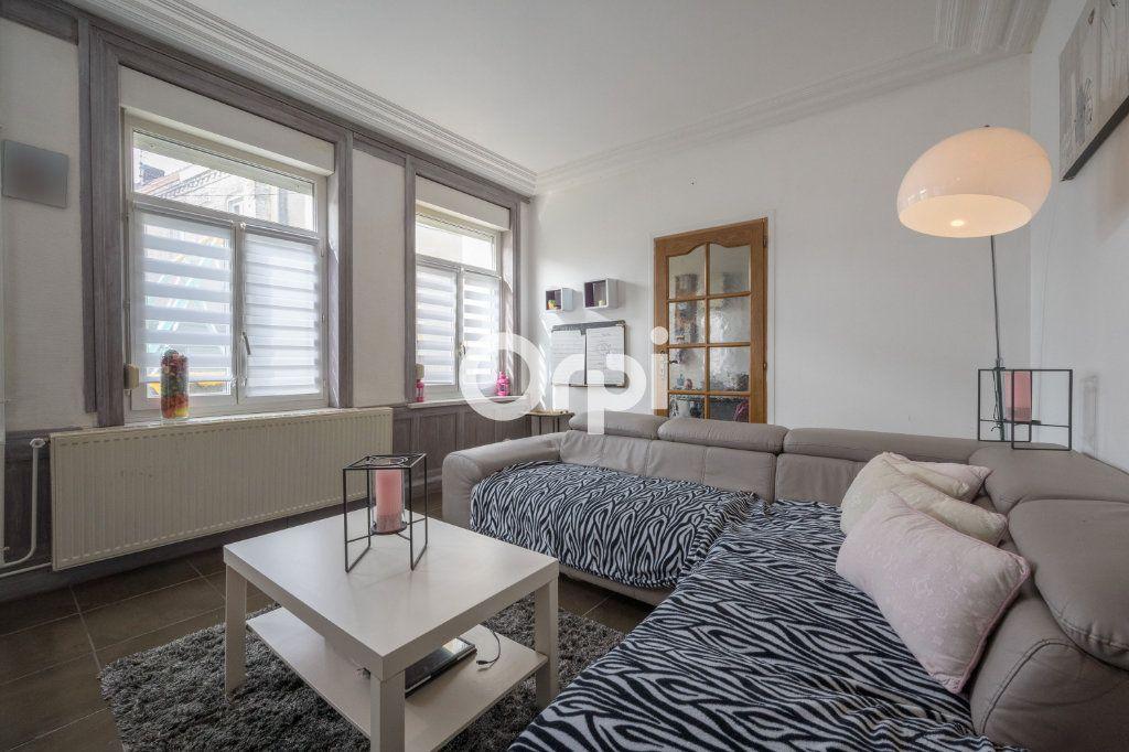 Maison à vendre 9 160m2 à Hénin-Beaumont vignette-1