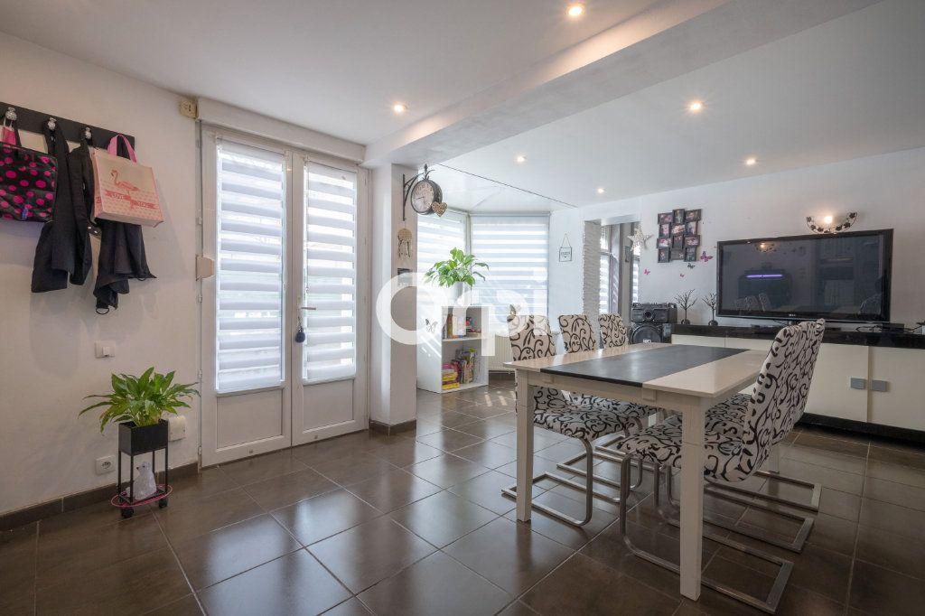 Maison à vendre 9 160m2 à Hénin-Beaumont vignette-4