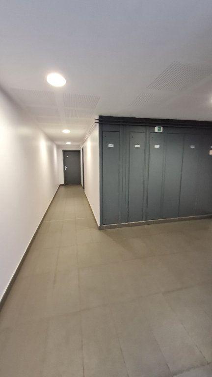 Appartement à vendre 2 44.15m2 à Douai vignette-3