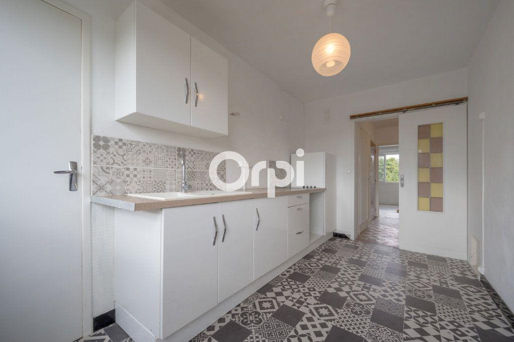Appartement à vendre 5 97.63m2 à Douai vignette-1