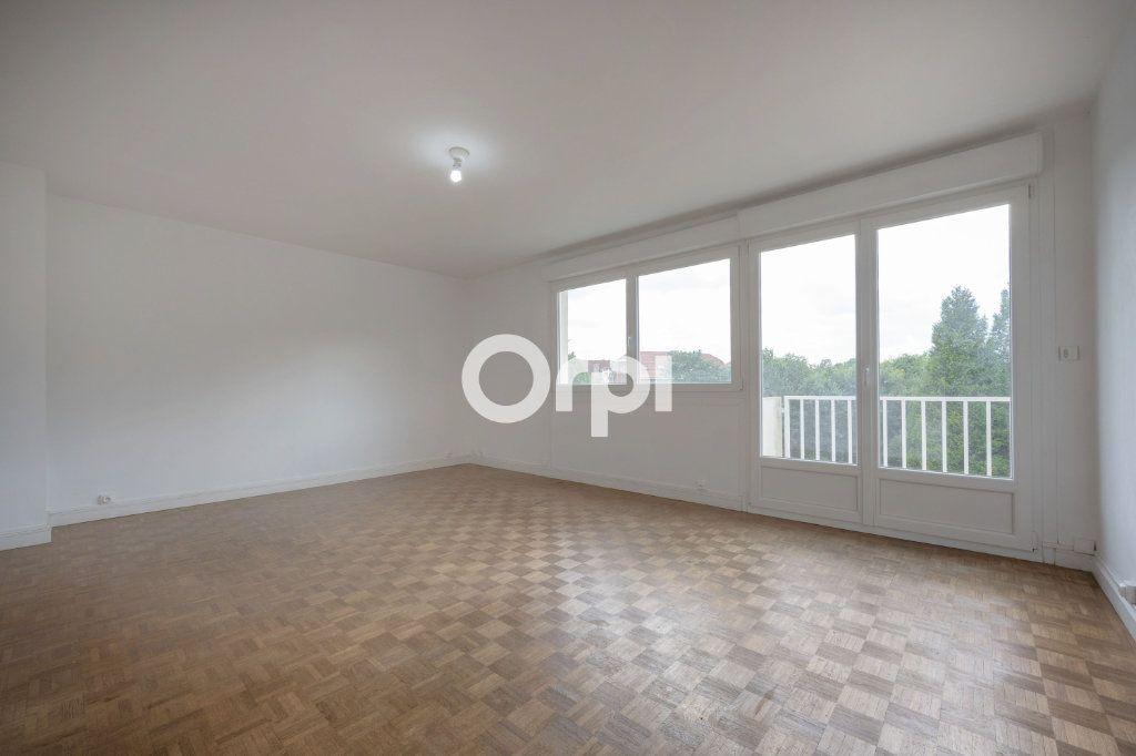Appartement à vendre 5 97.63m2 à Douai vignette-3