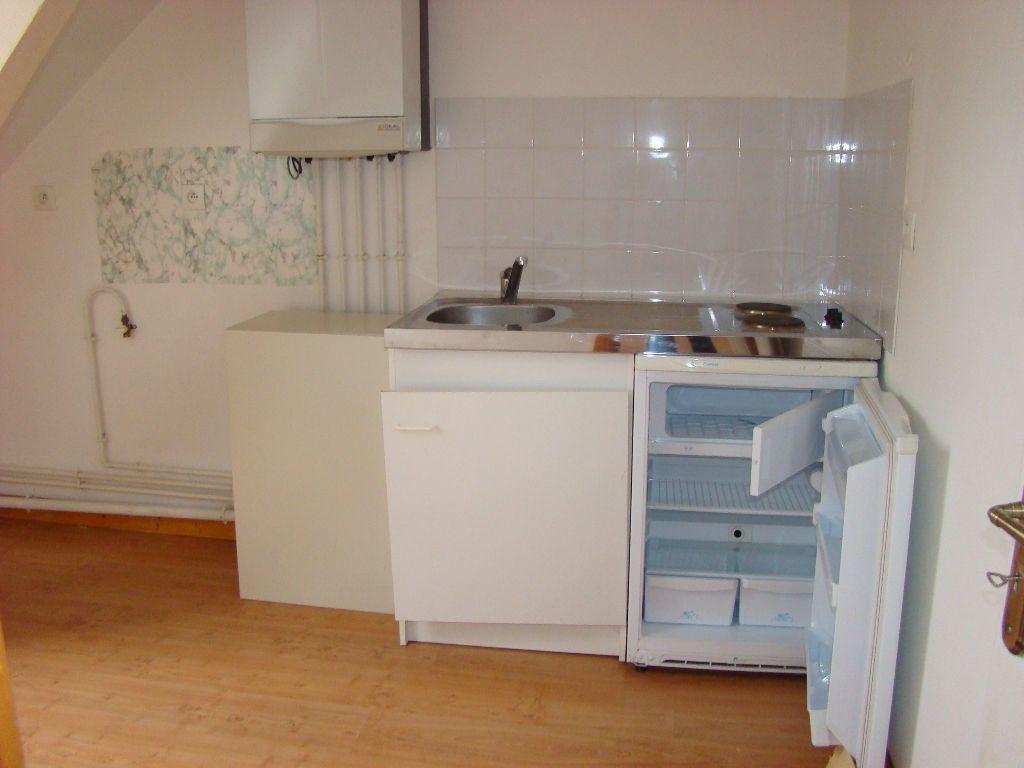 Appartement à louer 4 60m2 à Hesdin vignette-2