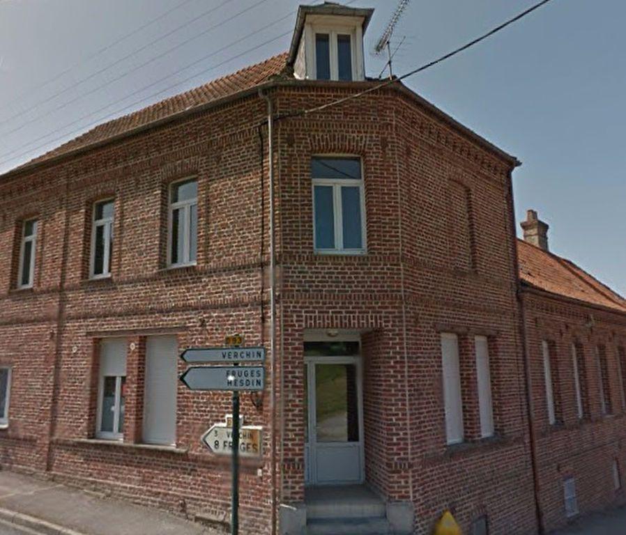 Maison à louer 4 65m2 à Lisbourg vignette-1