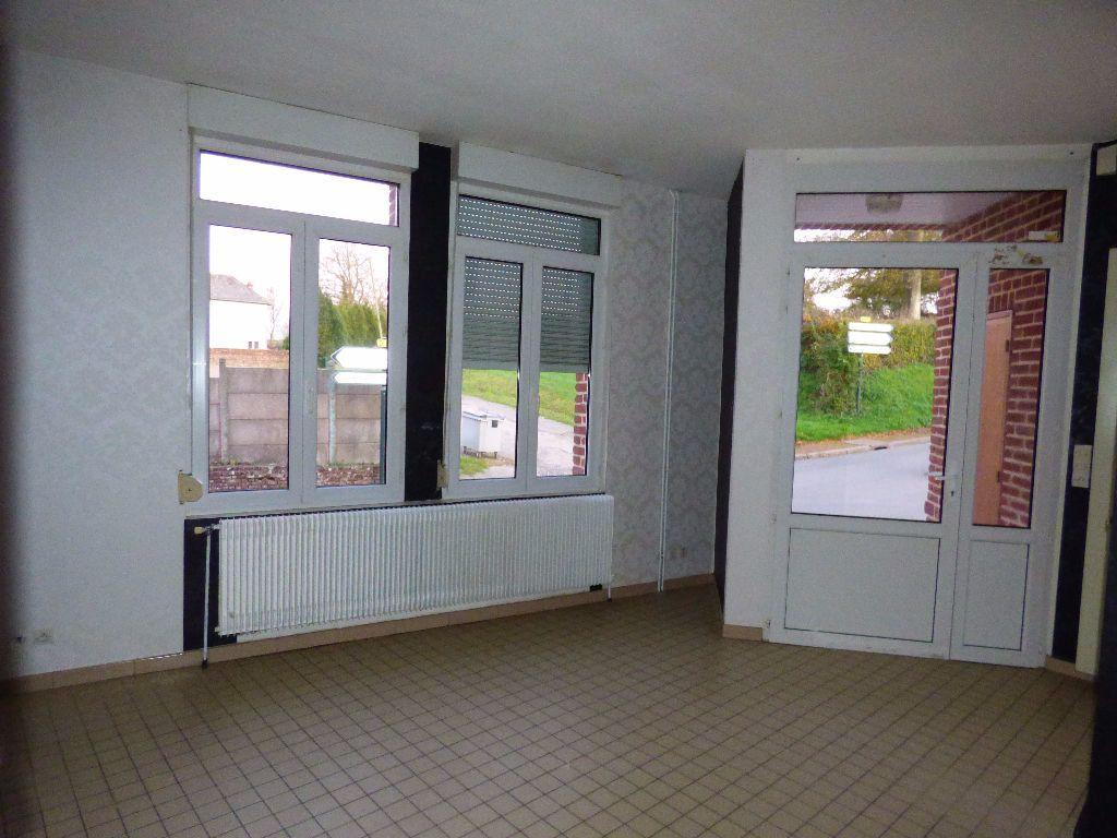 Maison à louer 4 65m2 à Lisbourg vignette-2