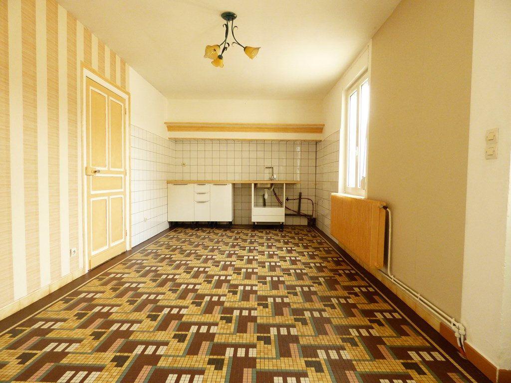 Maison à louer 4 65m2 à Lisbourg vignette-4