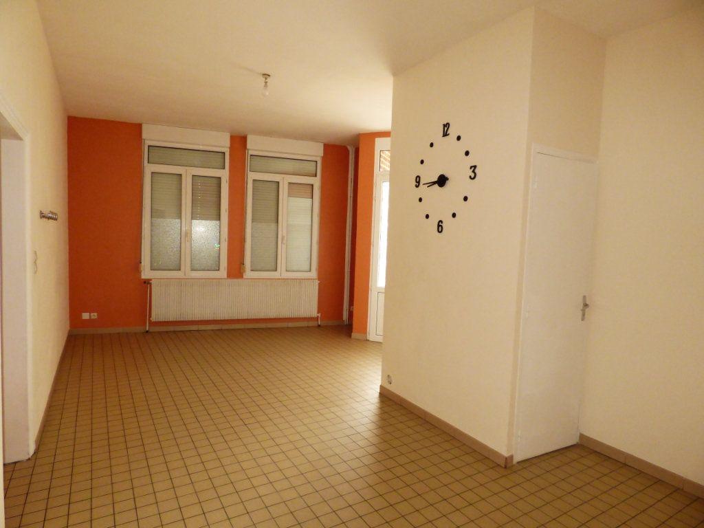 Maison à louer 4 65m2 à Lisbourg vignette-14
