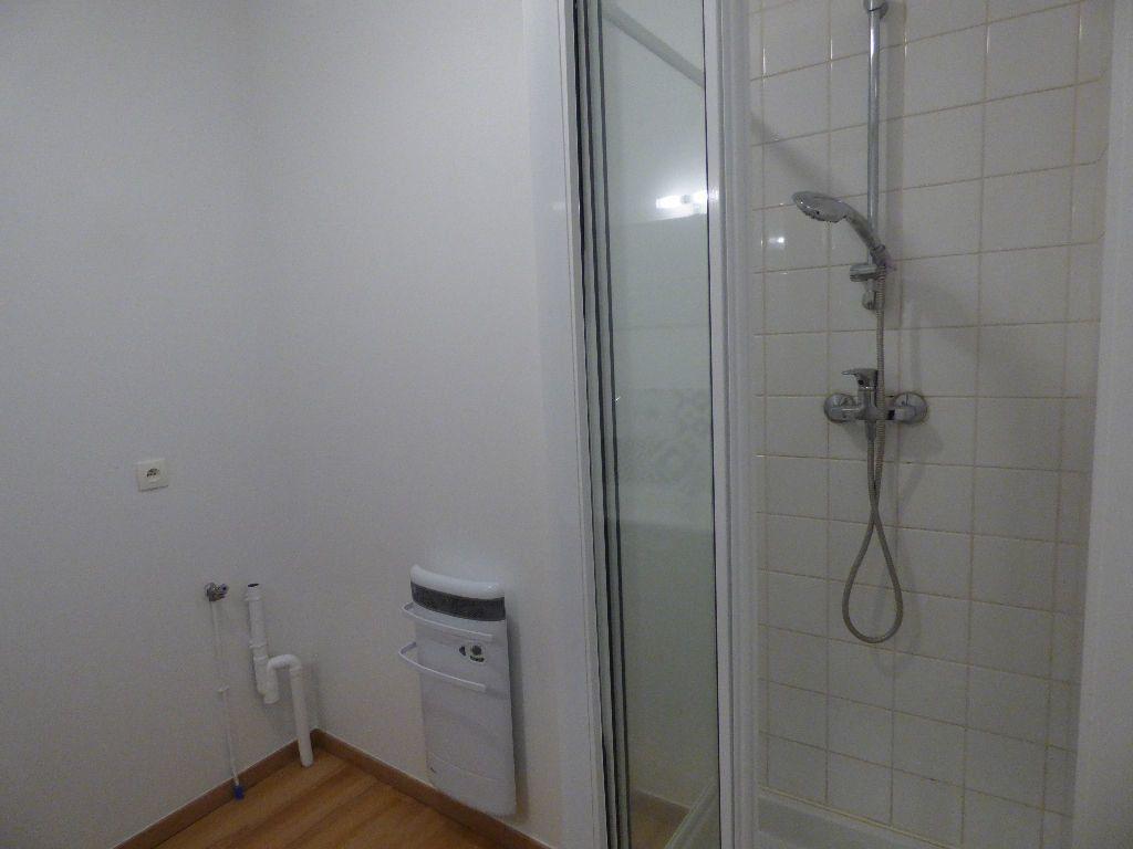 Appartement à louer 2 53m2 à Hesdin vignette-7