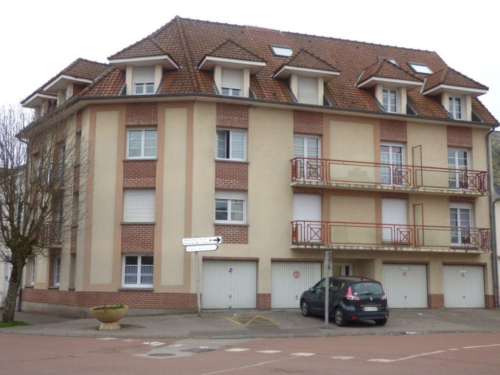 Appartement à louer 2 26m2 à Hesdin vignette-1