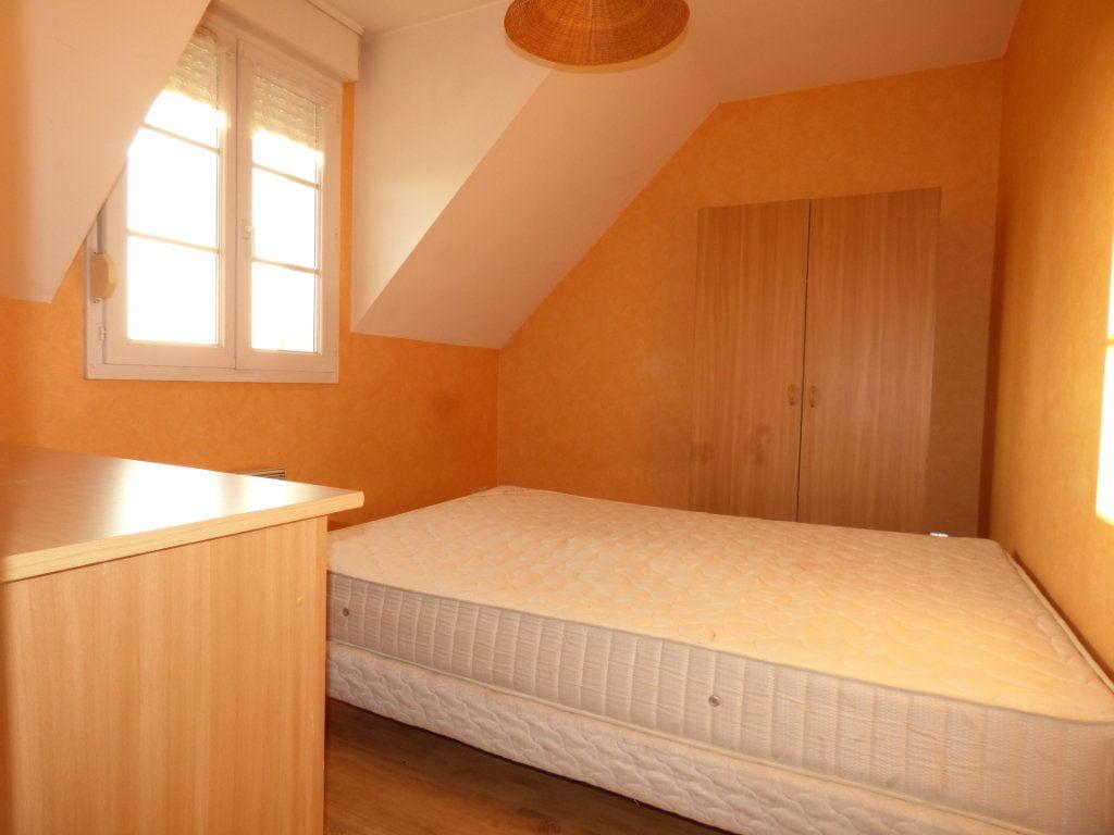 Appartement à louer 2 26m2 à Hesdin vignette-3