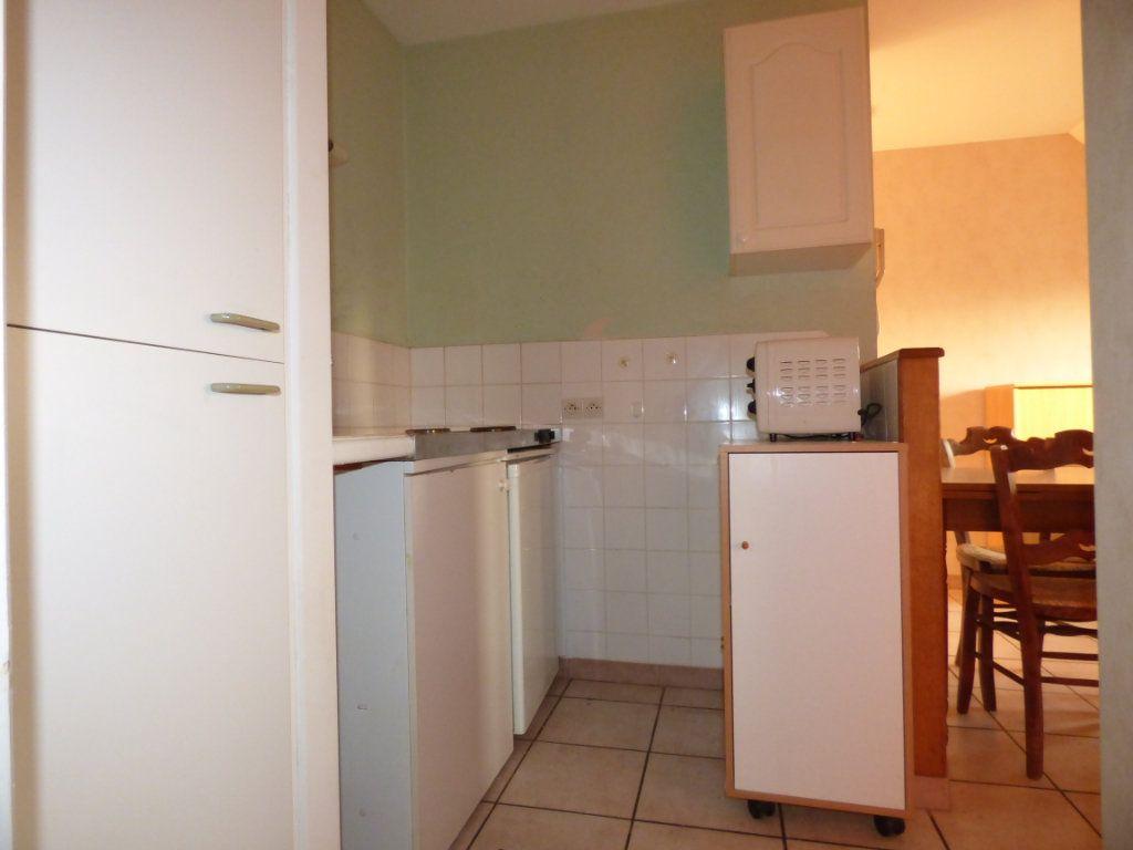 Appartement à louer 2 26m2 à Hesdin vignette-4