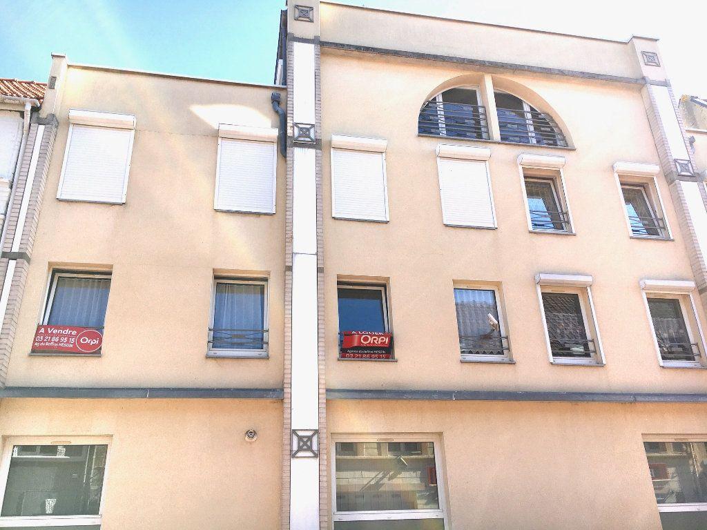 Appartement à vendre 4 108m2 à Hesdin vignette-2