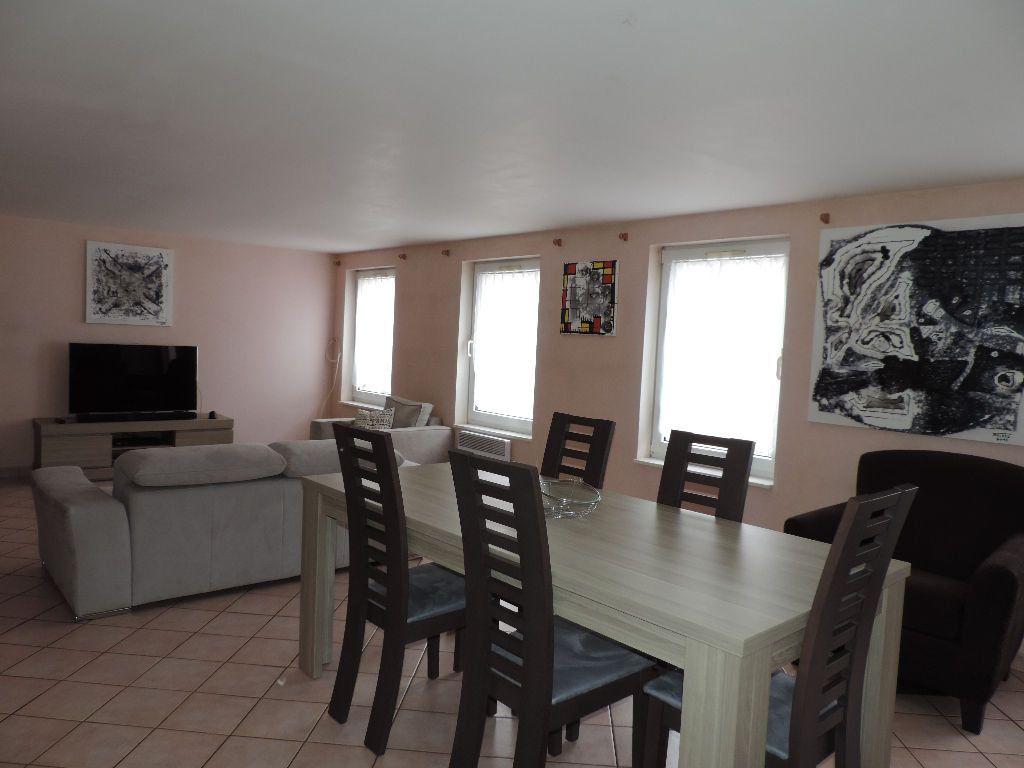 Appartement à vendre 4 108m2 à Hesdin vignette-3
