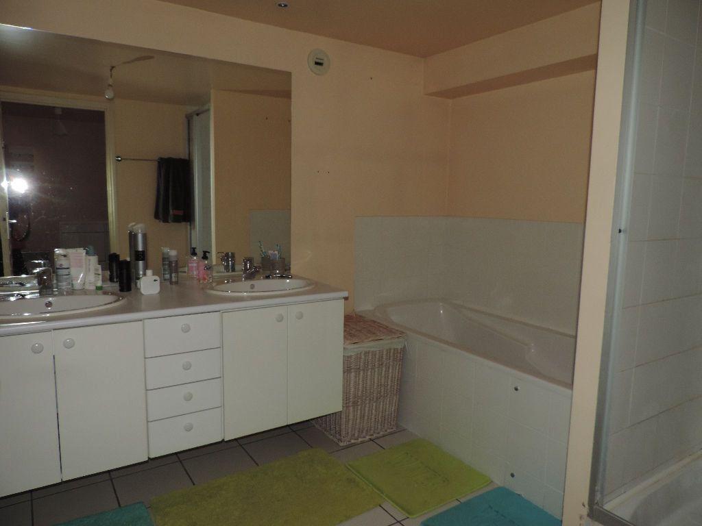 Appartement à vendre 4 108m2 à Hesdin vignette-4