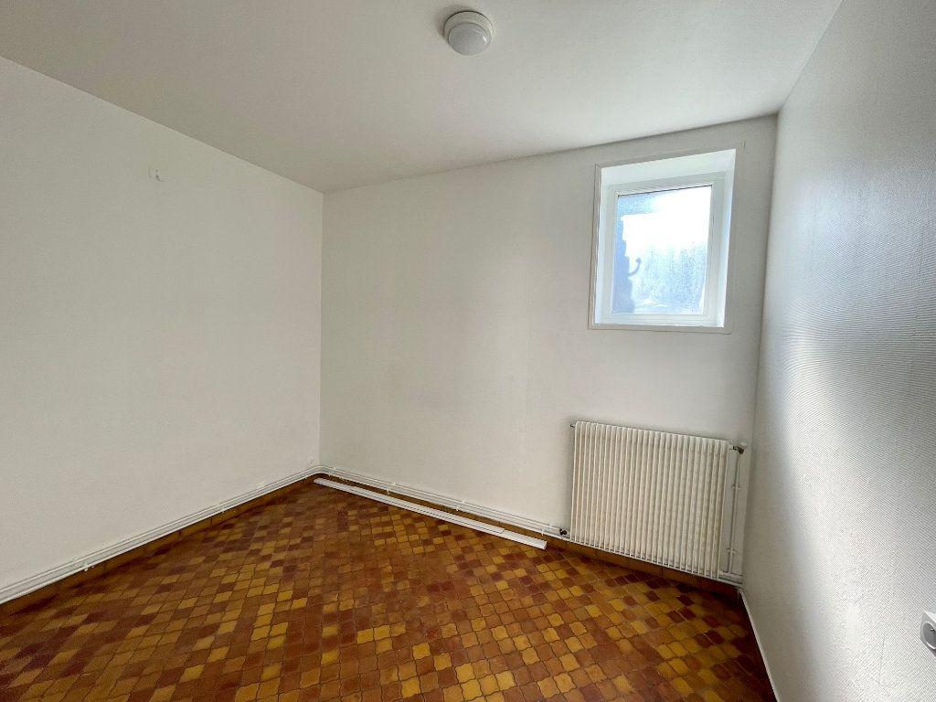 Appartement à louer 2 30m2 à Hesdin vignette-4