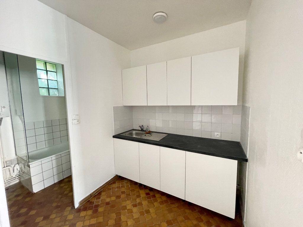 Appartement à louer 2 30m2 à Hesdin vignette-5