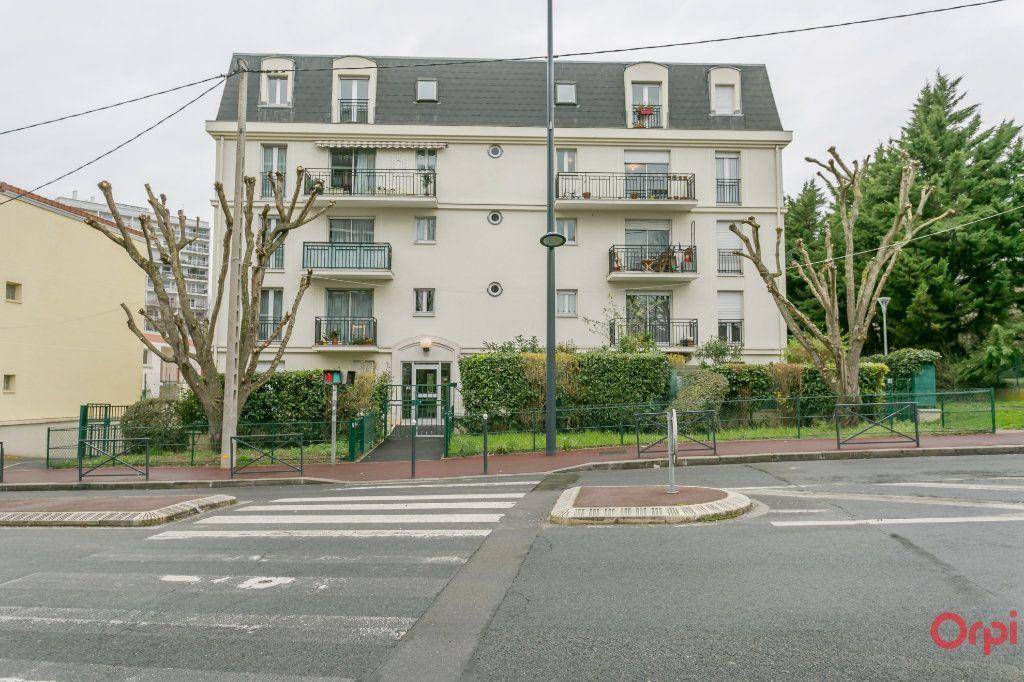 Appartement à vendre 4 80.98m2 à Fontenay-aux-Roses vignette-1