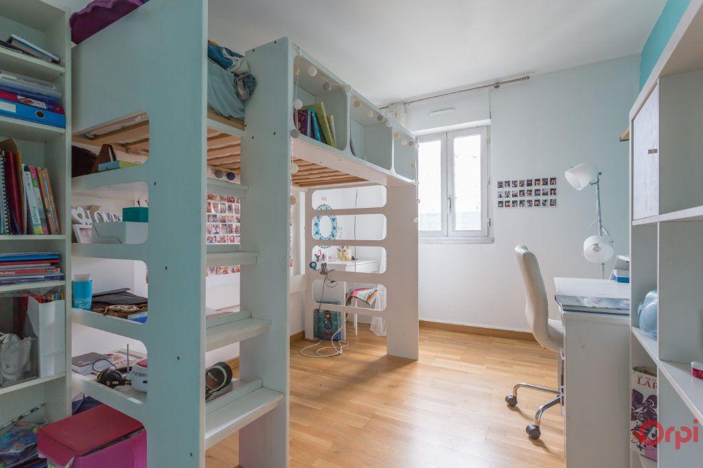 Appartement à vendre 4 80.98m2 à Fontenay-aux-Roses vignette-6