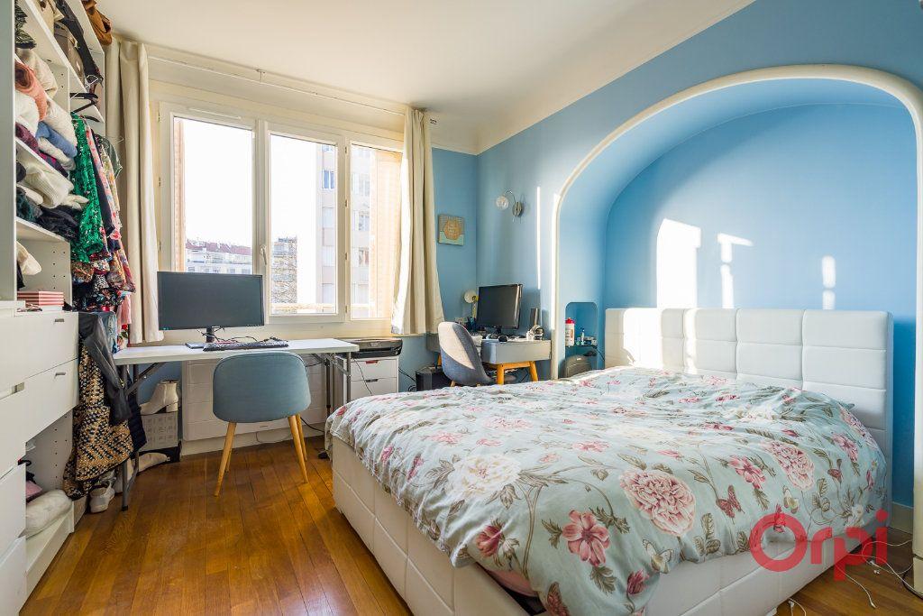 Appartement à vendre 3 63.68m2 à Montrouge vignette-8